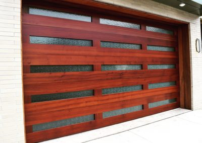 Charles River Custom Series Custom Flush Model Stain Grade Sapele Wood Flat Horizontally Applied Sapele Panels Specialty Rain Glass Factory Applied Clear Finish