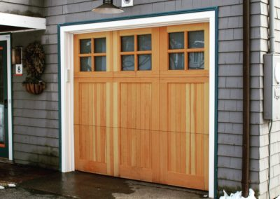 Charles River Custom Series Brookline Model Stain Grade Western Red Cedar Wood V-Groove T&G Panels 2 over Lite Square Glass